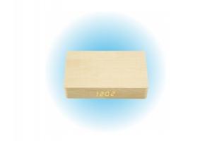 Drewniany zegar / ładowarka indukcyjna